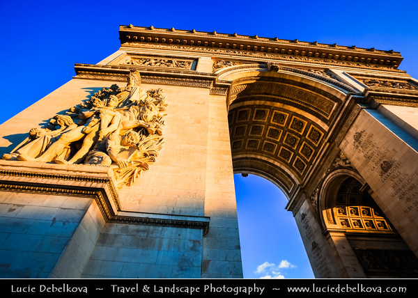 Europe - France - Paris - Capital City on Seine river - Arc de Triomphe - Arc de Triomphe de l'Étoile - One of most famous Parisienne landmarks standing in centre of the Place Charles de Gaulle at western end of Champs-Élysées - Biggest arch in world, commissioned by Napoleon