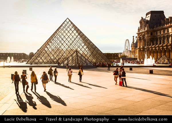Europe - France - Paris - Capital City on Seine river - Musée du Louvre - Louvre Museum - Louvre Palace - Palais du Louvre - One of world's largest museums & most visited art museum in world - Central landmark of Paris - Pyramid