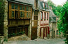 Rue Jerzual is one of the most enchanting streets in Europe. Originally the main street of Dinan, after the walls were built it was the access road to the port. But in the middle of the second millennium, it was for centuries a dead end as the Jerzual Gate was bricked up.
