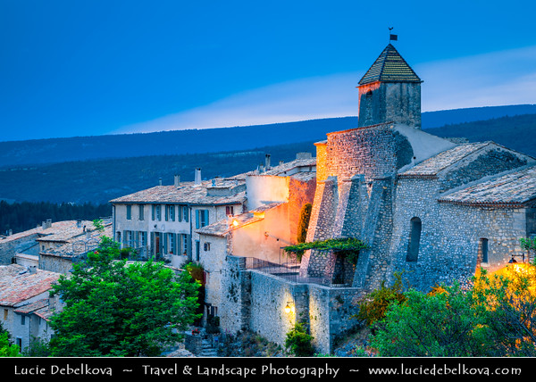 Europe - France - Provence-Alpes-Côte d'Azur Region - Aurel - Very beautiful village peacefully situated in the Sault area on the border of the Vaucluse