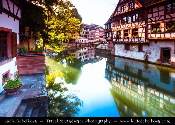 Europe - France - Alsace - Strasbourg - Strossburi - Straßburg