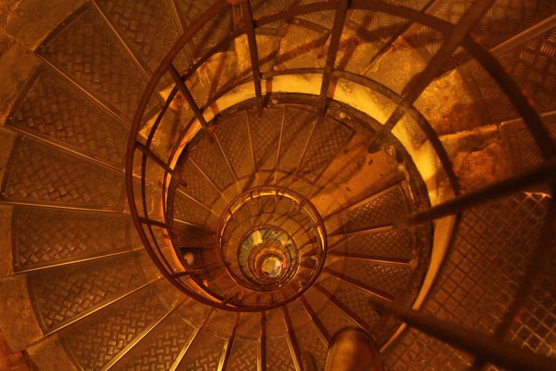 278 steps in Arc de Triomphe, Paris