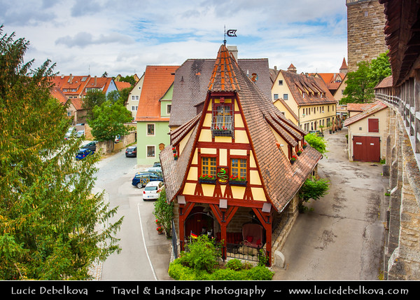 Europe - Germany - Deutschland - Bavaria - Bayern - Franconia - Rothenburg ob der Tauber - Well-preserved medieval old town - Major destination for tourists from around the world