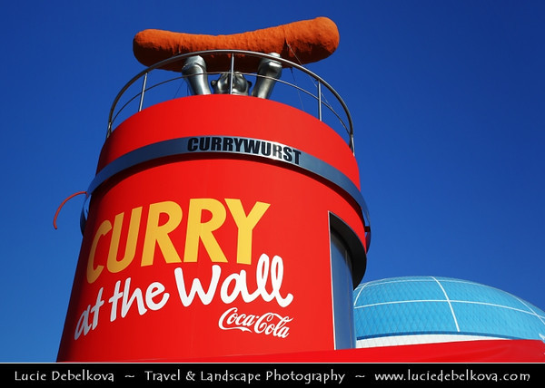 Germany - Berlin - Curry on the Wall - Currywurst stand on the former wall between West and East Germany<br /> <br /> Camera Model: Canon EOS 5D Mark II; Lens: 17.00 - 40.00 mm; Focal length: 40.00 mm; Aperture: 10; Exposure time: 1/200 s; ISO: 100