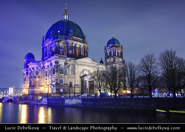 Europe - Germany – Deutschland - Berlin – Capital City - Berlin Cathedral - Berliner Dom - Evangelical Oberpfarr und Domkirche - Supreme Parish and Collegiate Church <br /> <br /> Camera Model: Canon EOS 5D Mark II; Lens: 16.00 - 35.00 mm; Focal length: 27.00 mm; Aperture: 6.3; Exposure time: 32.0 s; ISO: 100