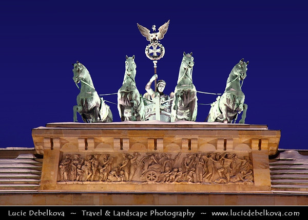 Germany - Berlin - Capital City - Brandenburg Gate with Quadriga on top at Dusk - Blue Hour<br /> <br /> Camera Model: Canon EOS 5D Mark II; Lens: 24.00 - 105.00 mm; Focal length: 93.00 mm; Aperture: 4.0; Exposure time: 1/50 s; ISO: 3200