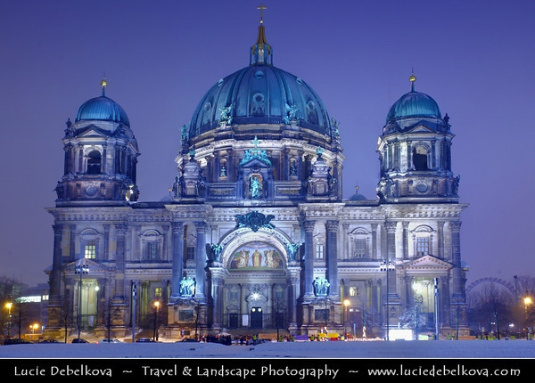 Germany - Berlin - Capital City - Berlin Cathedral - Berliner Dom - Evangelical Oberpfarr und Domkirche - Supreme Parish and Collegiate Church<br /> <br /> Camera Model: Canon EOS 5D Mark II; Lens: 17.00 - 40.00 mm; Focal length: 38.00 mm; Aperture: 8.0; Exposure time: 8.0 s; ISO: 100