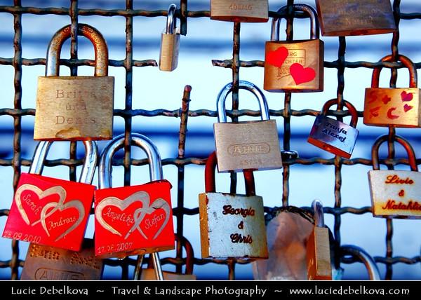 Germany - North Rhine-Westphalia - Cologne - Köln - The Hohenzollernbrücke - Love Locks on Hohenzollern bridge over River Rhine