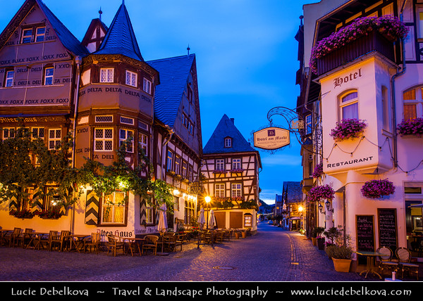 Europe - Germany - Deutschland - Rhineland-Palatinate - Upper Middle Rhine Valley - UNESCO World Heritage Site - Rhine Gorge - Romantic Rhine Valley with hillside castles and steep fields of wineyards - Bacharach am Rhein - Historical town with  Stahleck Castle - Burg Stahleck