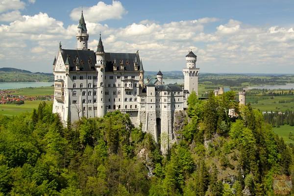 Best spots photograph Neuschwanstein: from marienbrucke