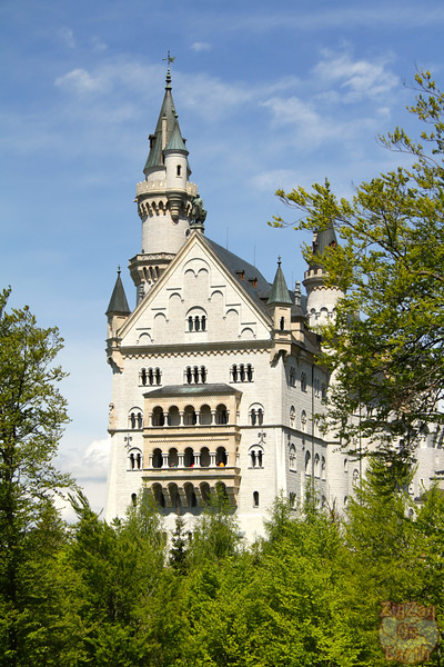 Best spots photograph Neuschwanstein: from path to marienbrucke