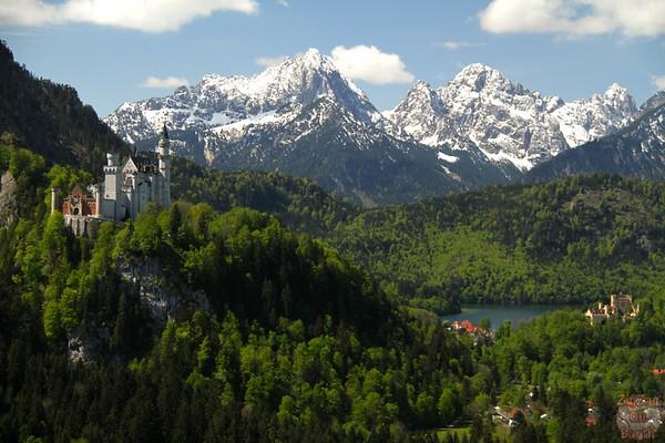 Best spots photograph Neuschwanstein: from Tegelbergbahn