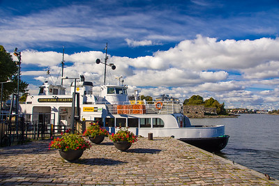 The ferry to Suomenlinna