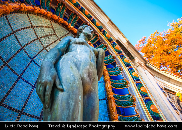 Hungary - Magyarország - Budapest - Capital City - UNESCO World Heritage Site - Famous Gellért Thermal Baths and Swimming pool bath complex with great wellness facilities
