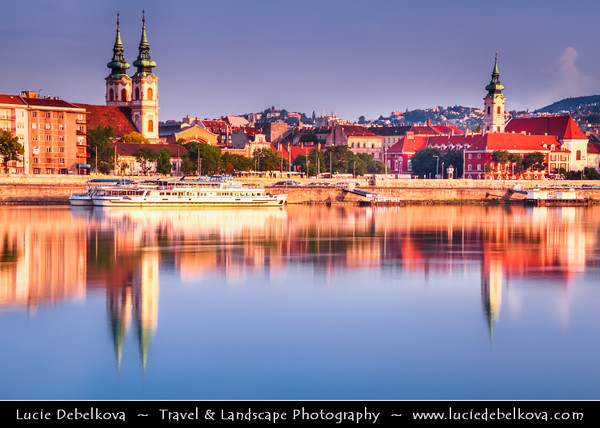 Hungary - Magyarország - Budapest - Capital City - Early Morning Warm Light on western side of the River Danube - Buda with its Churches & Castle