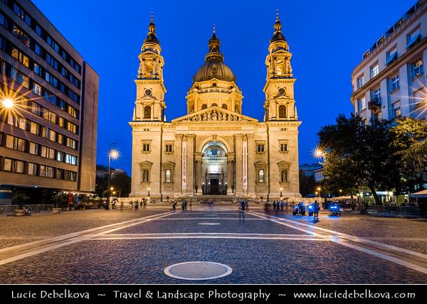 Europe - Hungary - Magyarország - Budapest - Capital City - UNESCO World Heritage Site - St Stephen's Basilica - Szent István-bazilika - Roman Catholic basilica & Budapest's largest church which houses Hungary's most sacred relic