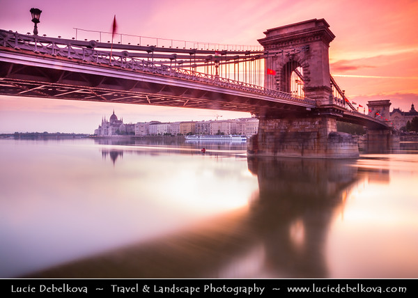 Hungary - Magyarország - Budapest - Capital City - Széchenyi Chain Bridge - Lánchíd - Suspension bridge that spans the River Danube between Buda and Pest, the western and eastern sides of Budapest