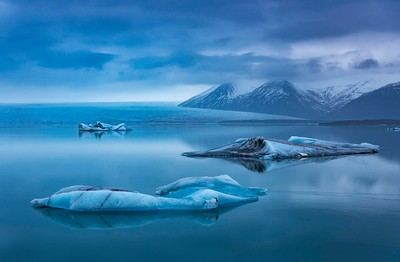 Lagoon with icebergs