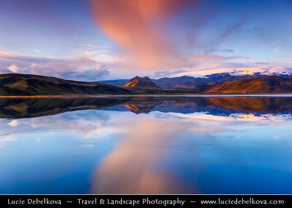 Europe - Iceland - Southernmost Iceland - Vik i Myrdal Area - Dy