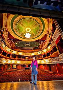 2012-07-03_Ireland_Dublin_GaietyTheatreInteriorSoonieDelap3899