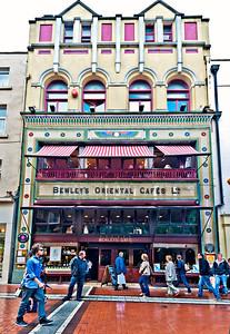 1012-07-02_Ireland_Dublin_BewleysOrientalCafeExterior3326