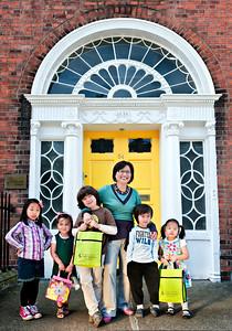 1012-07-01_Ireland_Dublin_HangeulSchool_Standing3475