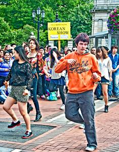 2012-06-30_Dublin_GraftonSt_KPop_IrishBoy3118