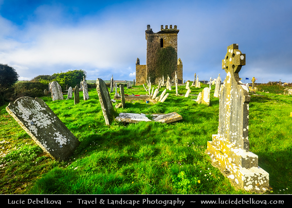 Europe - Ireland - Éire - Airlann - Airlan - County Wexford - Templetown Fortified Church