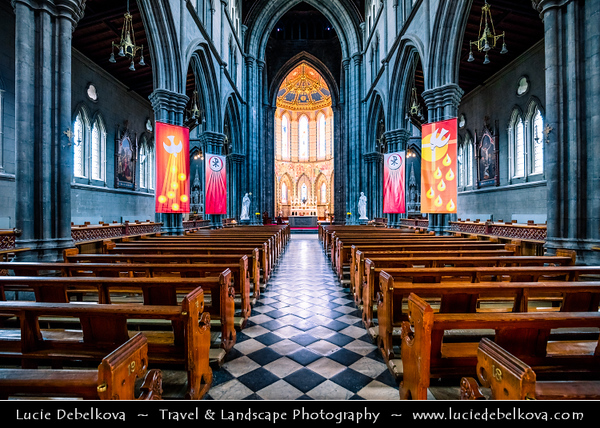 Europe - Ireland - Éire - Airlann - Airlan - Kilkenny - St Canice's Cathedral - Kilkenny Cathedral -  One of most popular visitor attractions & heritage sites in medieval city of Kilkenny
