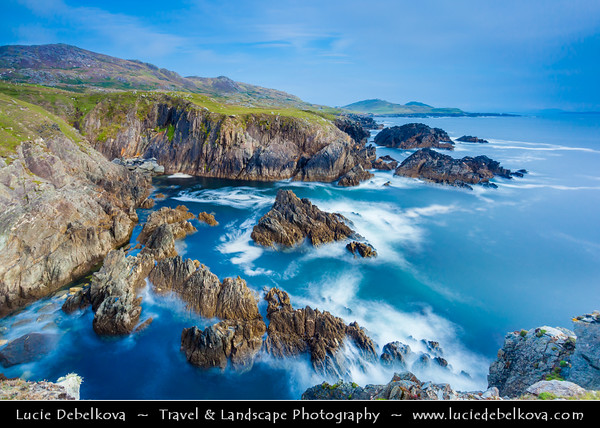 Europe - Ireland - Éire - Airlann - Airlan - County Mayo - Achill Island - Largest island off the coast of Ireland - Dramatic Rugged Coastline of Atlantic Ocean with some of the highest cliffs in Europe