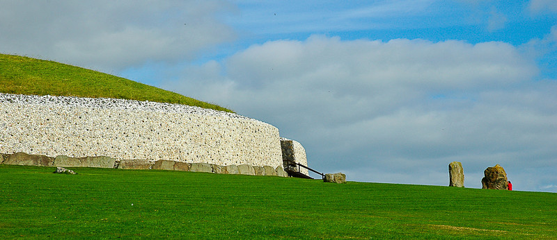 Newgrange is the most famous and grand passage grave of Ireland, County Meath.