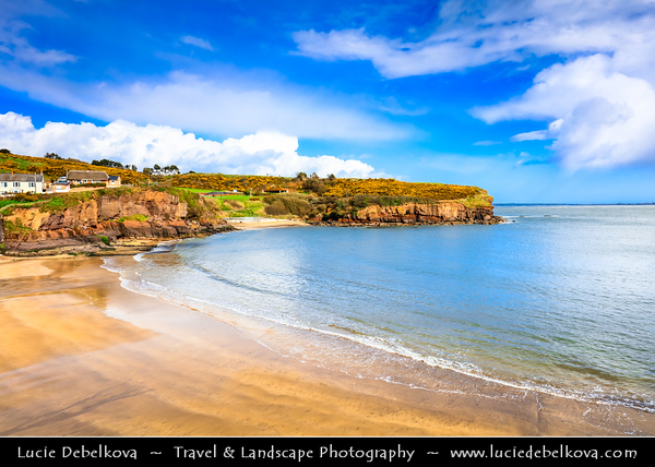 Europe - Ireland - Éire - Airlann - Airlan - County Waterford - Dunmore East - An Dún Mór Thoir - Popular tourist & fishing village situated on west side of Waterford Harbour on Ireland's southeastern coast