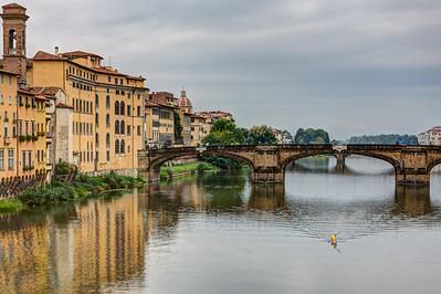 Ponte Santa Trinita, Firenze, Tuscany, Italy