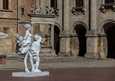 Wind-blown, sculpture by Xu Hongfe
