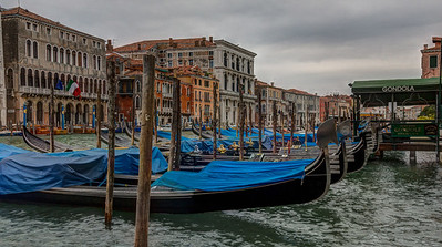 Gondola Parking, Grand Canal
