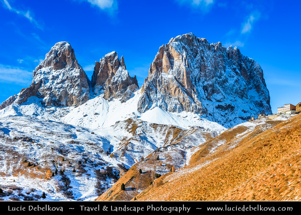 Europe - Italy - Italia - Alps - Dolomites - Dolomiti - Province of South Tyrol - Sella Pass - Sellajoch - Passo Sella - High mountain pass (2218 m) - Winter time with heavy snow cover