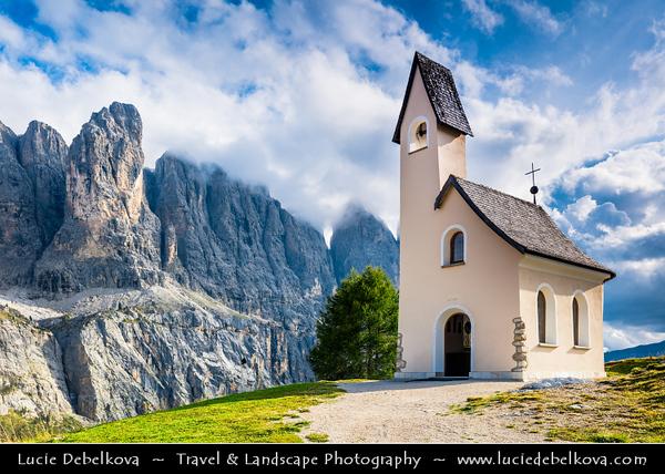 Europe - Italy - Italia - Alps - Dolomites - Dolomiti - Trentino-Alto Adige - Province of South Tyrol - Gardena Pass - Passo Gardena - High mountain pass at elevation of 2,136 m (7,008 ft) above sea level, connecting Sëlva in Val Gardena with Corvara in Val Badia - Iconic Chapel - Cappella di San Maurizio