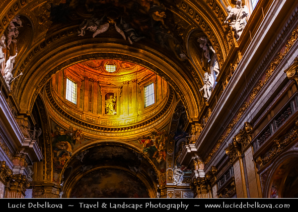 Europe - Italy - Italia - Rome - Roma - Church of the Gesù - Chiesa del Sacro Nome di Gesù - Church of the Holy Name of Jesus located in the Piazza del Gesù