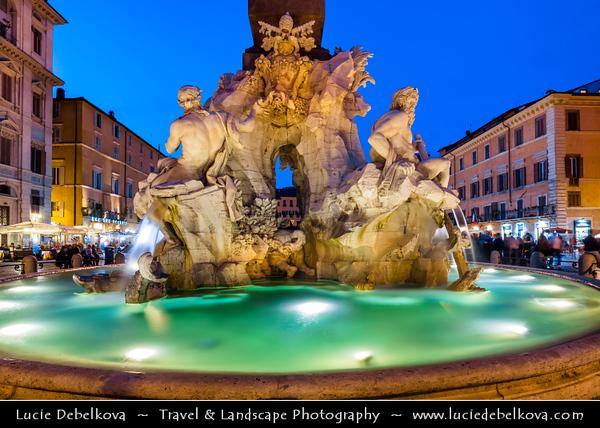 Europe - Italy - Italia - Rome - Roma - Piazza Navona - Highly s
