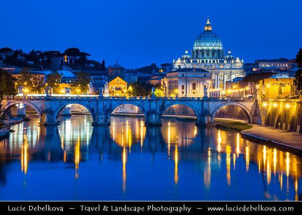 Europe - Italy - Italia - Rome - Roma - Vatican City - Vaticano - Papal Basilica of Saint Peter - Basilica Sancti Petri - Basilica Papale di San Pietro - Saint Peter's Basilica - The largest interior of any Christian church in world - Viewed from banks of Tiber river