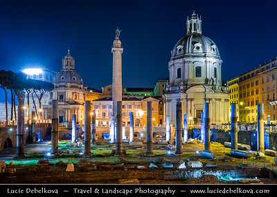 Europe - Italy - Italia - Rome - Roma - Colonna Traiana e Fori Imperiali & Chiesa del Santissimo Nome di Maria - Imperial Fora - Series of monumental fora - Public squares constructed in Rome over a period of one and half centuries, between 46 BC - 113 AD