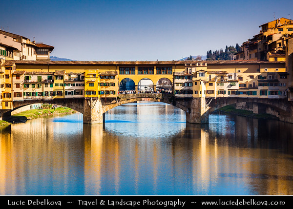 Italy - Tuscany - Toscana - Florence - Firenze - UNESCO World Heritage Site - Famous for its history - Centre of medieval European trade & finance & one of the wealthiest cities of the time - Birthplace of the Renaissance