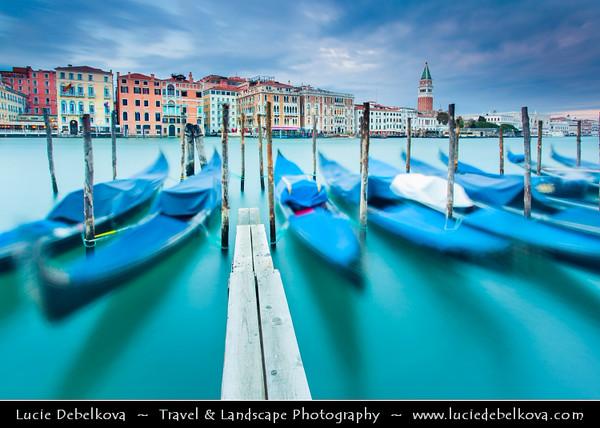 Europe - Italy - Italia - Veneto - Venice - Venezia - UNESCO World Heritage Site - Grand Canal - Canal Grande - Canałasso - One of the major water-traffic corridors in the city with Famous Gondolas