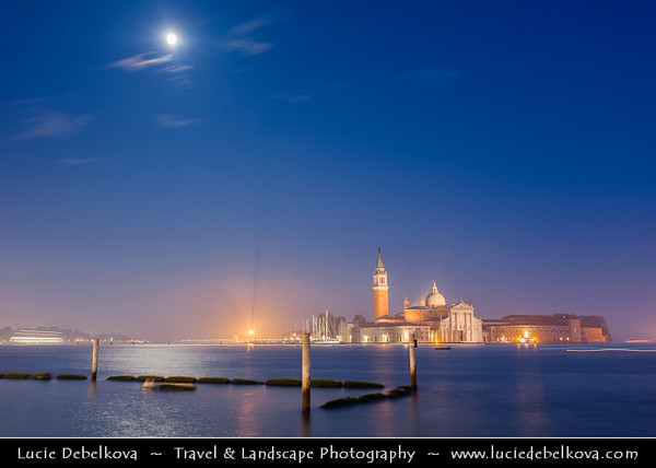 Europe - Italy - Italia - Veneto - Venice - Venezia - UNESCO World Heritage Site - View towards San Giorgio Maggiore Church and Monastery across the lagoon