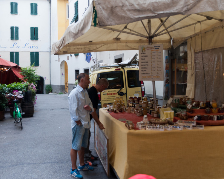Also shopping along Filalunga, Lucca, Tuscany, Italy