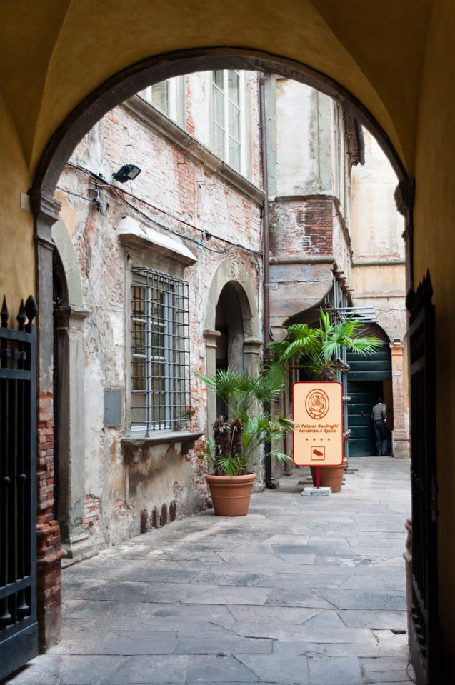 B&Bs in Lucca, Tuscany, Italy (not ours)