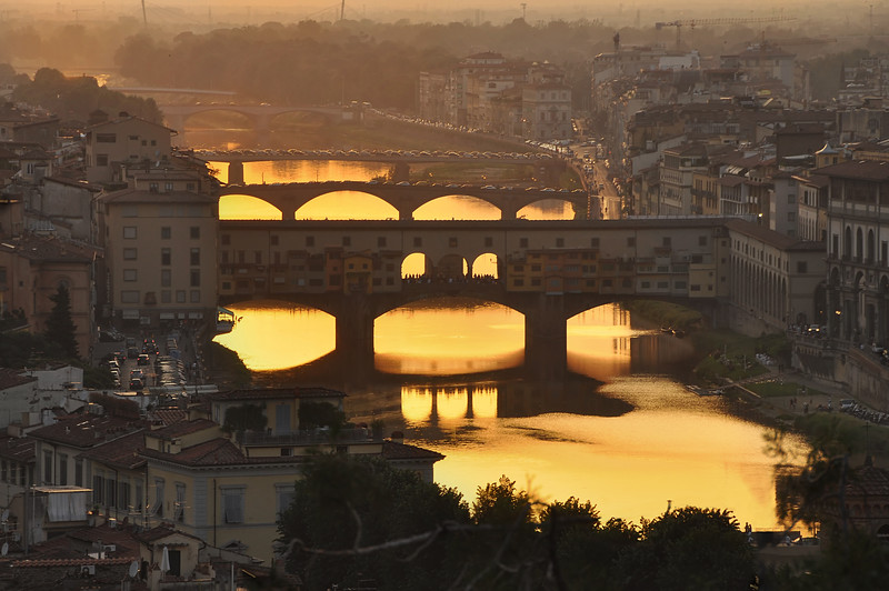 The Glowing Arno