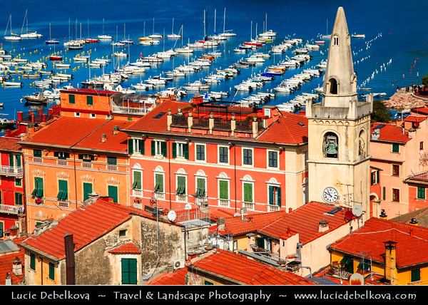 Italy - Liguria Coast - Riviera Ligure - Poets Gulf (Golfo dei Poeti) - Lerici - Largest village on the Gulf of Poets, sits across the bay from Portovenere