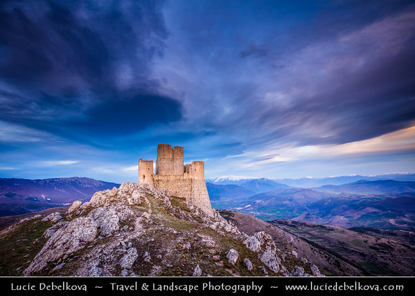 Europe - Italy - Italia - Abruzzo- L'Aquila Province - Gran Sasso e Monti della Laga National Park - Rocca Calascio - Mountaintop fortress at elevation of 1,460 metres - Highest fortress in the Apennines and one of the oldest standing forts in Italy