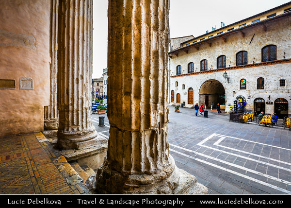 Europe - Italy - Italia - Umbria Region - Province of Perugia - Assisi - Historical town and birthplace of St. Francis, founder of Franciscan religious order in 1208 & St. Clare (Chiara d'Offreducci), founder of the Poor Sisters - Order of Poor Clares